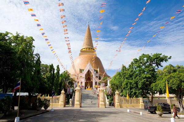 Phra Pathom Chedi Ratchavoraviharn Temple, Nakhon Pathom