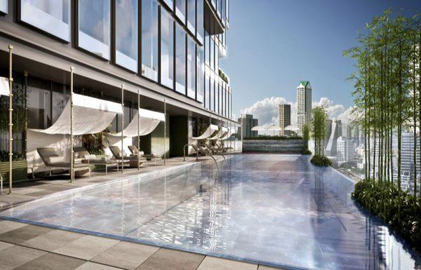 the-ritz-carlton-residences-bangkok-condo-for-sale-swiiming-pool-600x385