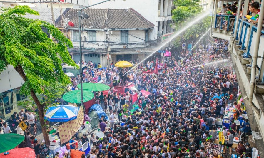 visionthai-47940-regulation-songkran-2018-01-900x600-c-default